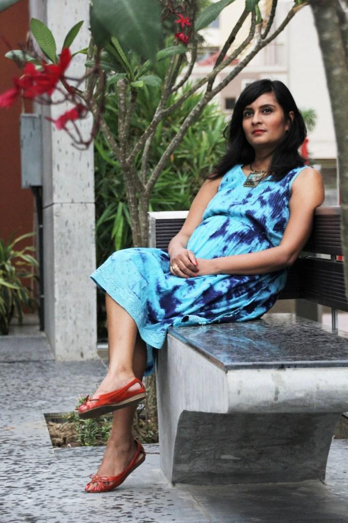 Dress: Nine Maternity Turquoise Pendant Collar: Khan Market, Delhi Coral Peeptoes: Charles & Keith