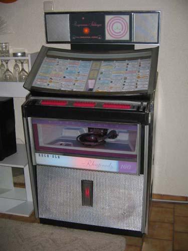 RockOla 408 Rhapsody Capri DeLuxe Jukebox Musikbox Phonograph