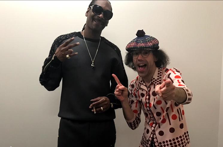 Nardwuar Vs. Snoop Dogg (Video)