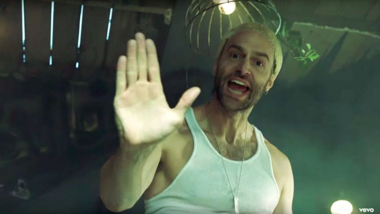 "Logic Feat. Eminem – ""Homicide"" (Video)"