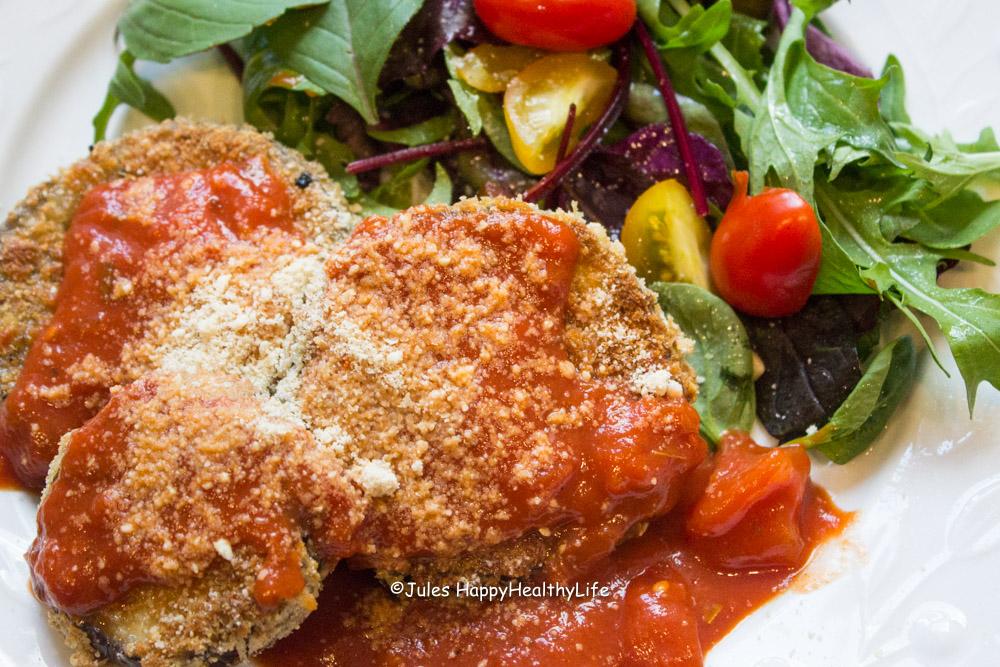 Aubergine Parmesan mit Salat Jules-HappyHealthyLife Blog