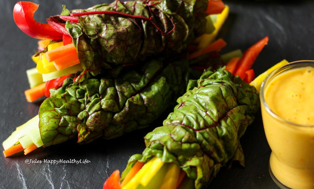 Gäste können sich ihre Wraps selber zusammenstellen - Mangold Wraps mit Safran Mango Dip
