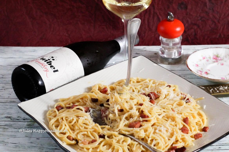 Spaghetti Carbonara with Hundsberg Grüner Veltliner 2015 from Weinhaus Uibel