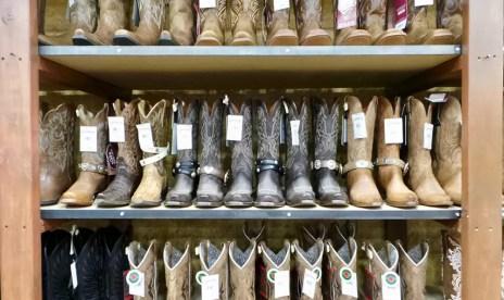 Boot JuJu at Cavender's