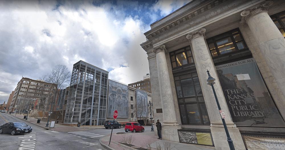 Aparcamiento de la Biblioteca Pública Central de Kansas City