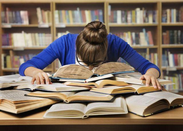 Cerrar las puertas y dejar el mundo a la deriva no está entre los planes de las bibliotecas