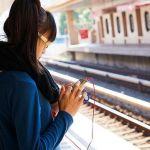 El 66% de las personas leen más en sus teléfonos móviles que hace un año