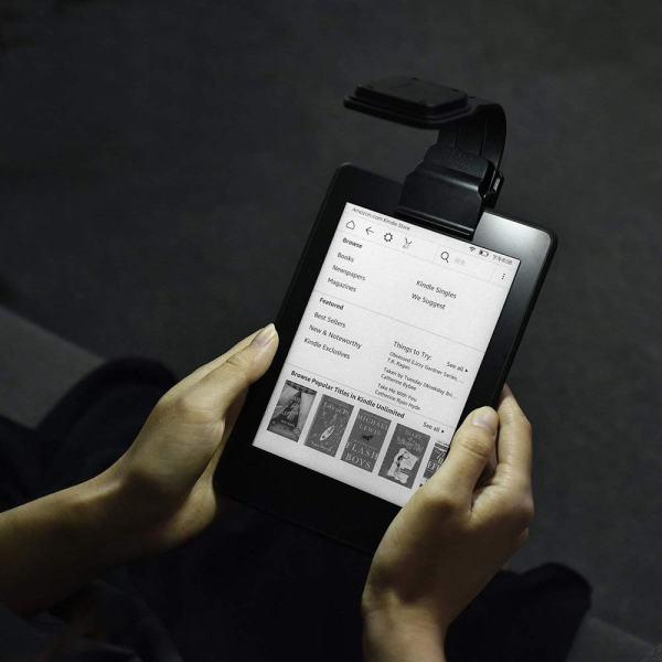 Lámpara para iluminar la pantalla del lector de libros electrónicos 2