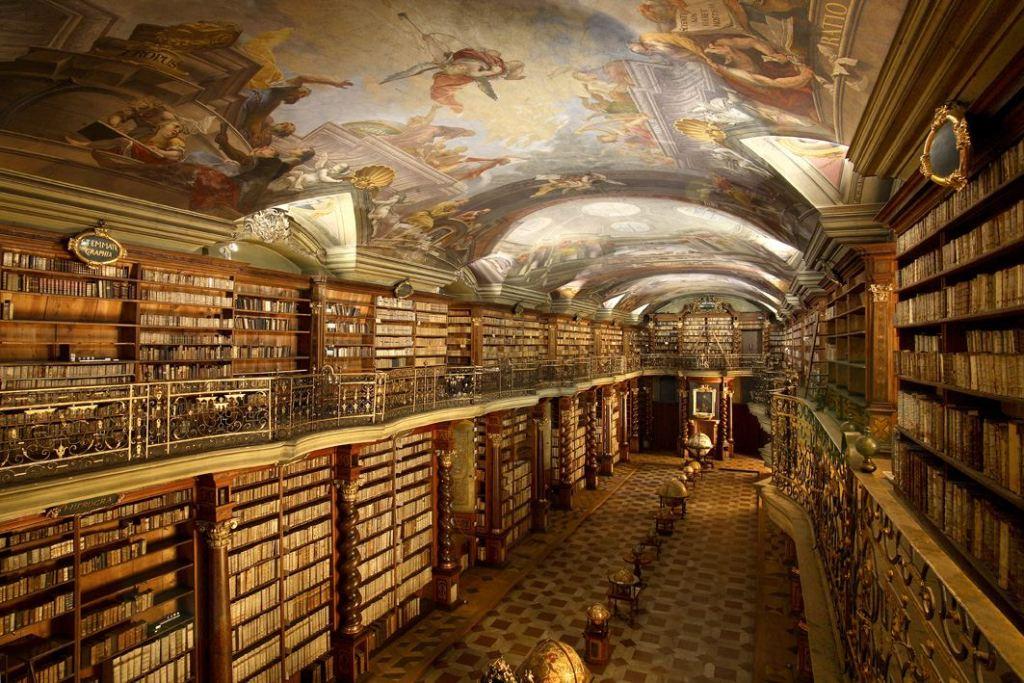 La biblioteca barroca del Klementinum