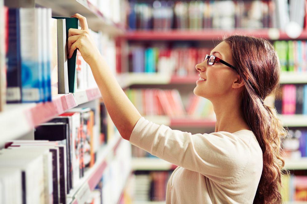 Los bibliotecarios son de los profesionales que mayor confianza despiertan en las personas