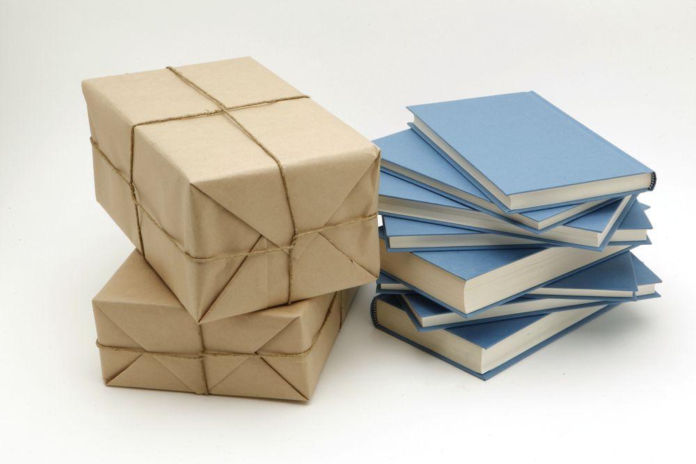 15 servicios de suscripción literaria a través de cajas misteriosas