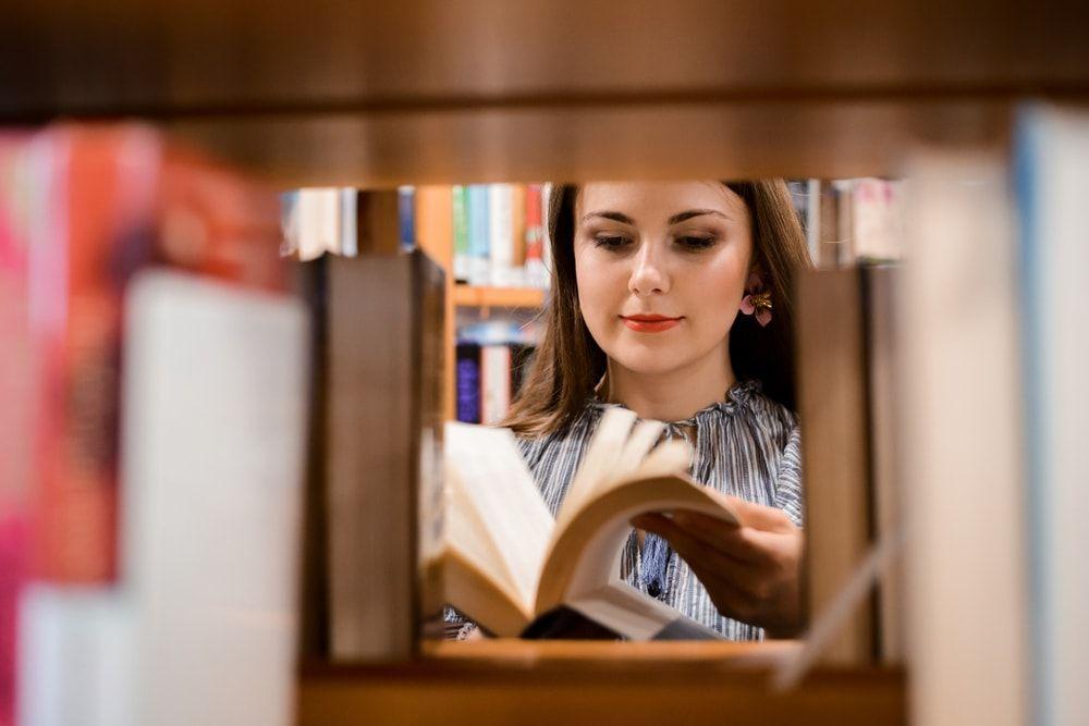 No solo es difícil conseguir nuevas personas usuarias para la biblioteca
