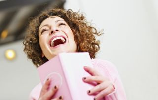El regalo del libro adecuado puede hacer que cualquier persona sonría