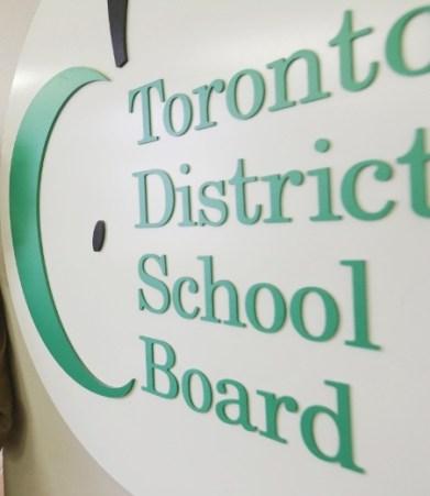 加拿大念高中-tdsb