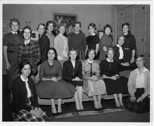 1958 Torch Flower Girls