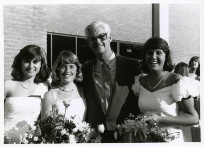Headmaster Malcom U. Pitt, Jr. and Members of the Class of 1987