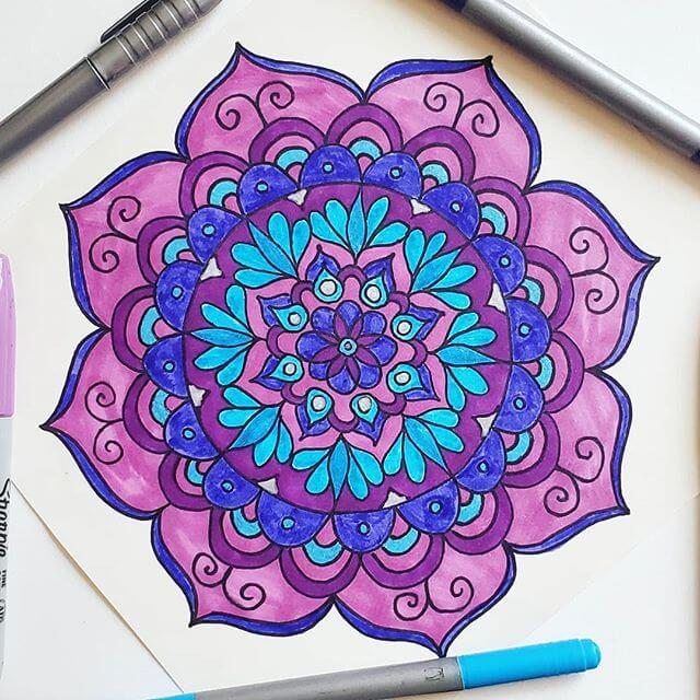 colouring a mandala relaxing time lapse
