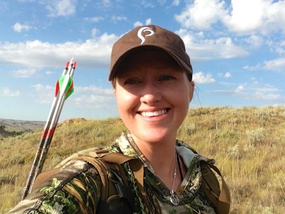 Julie_Golob_elk_hunting_archery_montana