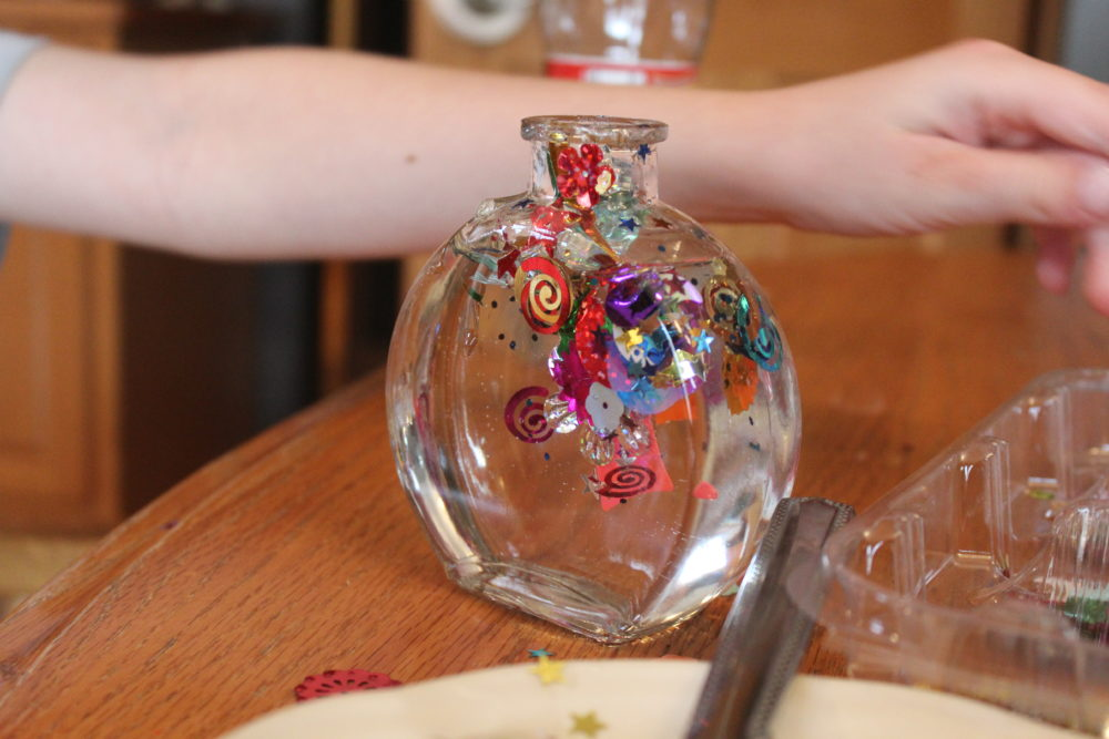 Kids get to design their jar with spangles of their own choosing.