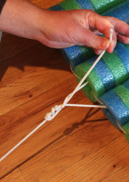 Thread end through for fishermans knot