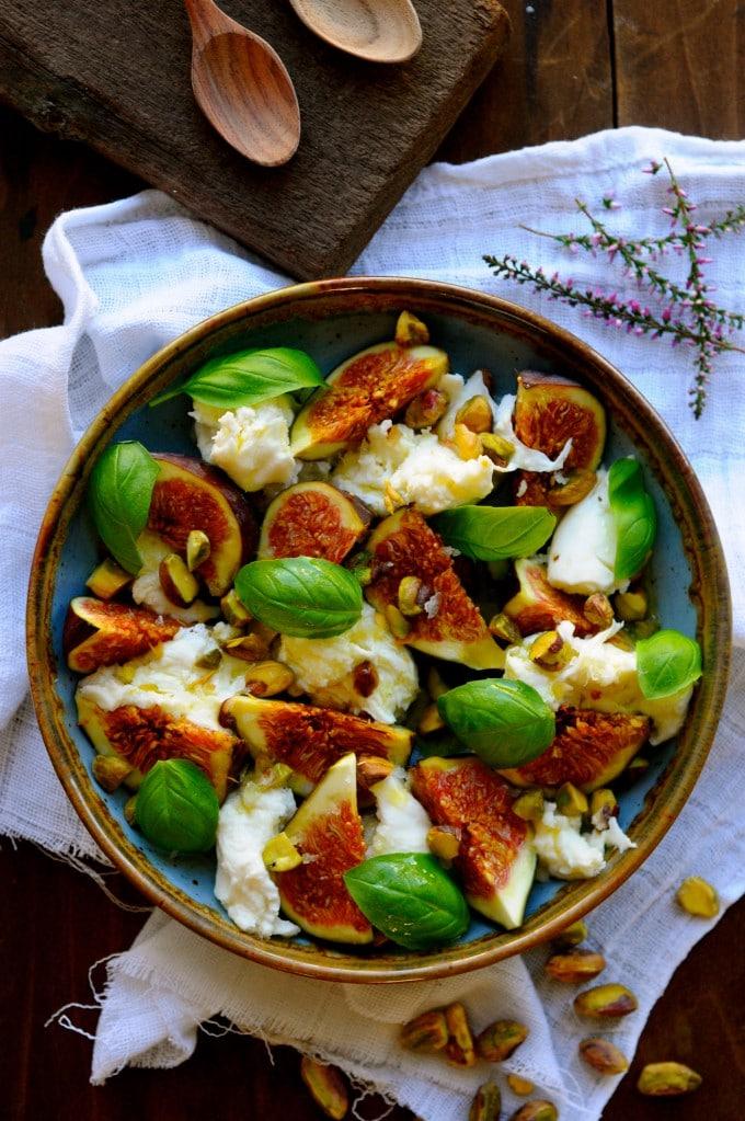 Lækker salat med mozzarella | www.juliekarla.dk