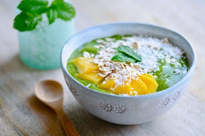 Grøn smoothie bowl   www.juliekarla.dk