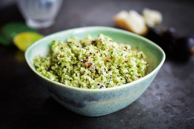 Broccoli couscous med quinoa, basilikum og parmesan