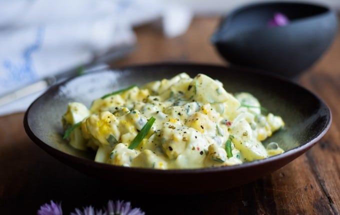 Lækker luksus æggesalat med estragon og kapers