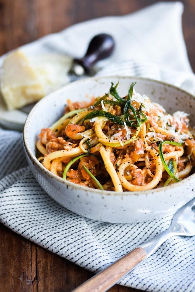 kyllinge pasta bolognese med parmesan