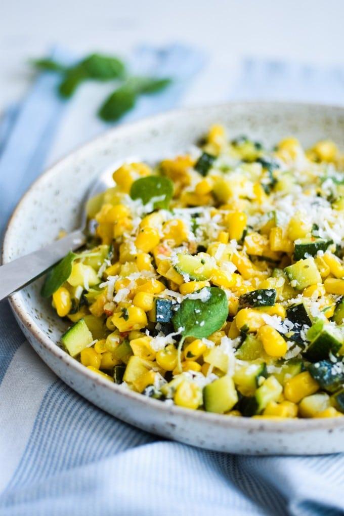 squash salat opskrift