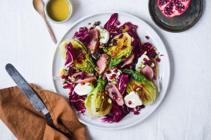 salat med and opskrift