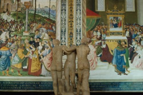 Dans la bibliothèque du Duomo