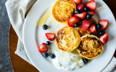 25 Healthy Breakfast Ideas For Kids  Make your mornings stress-free with these easy breakfast ideas for kids.