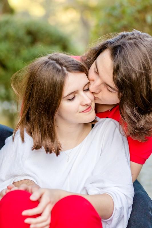 photos de couple jardin japonais julie riviere photographie toulouse mariage maternite famille