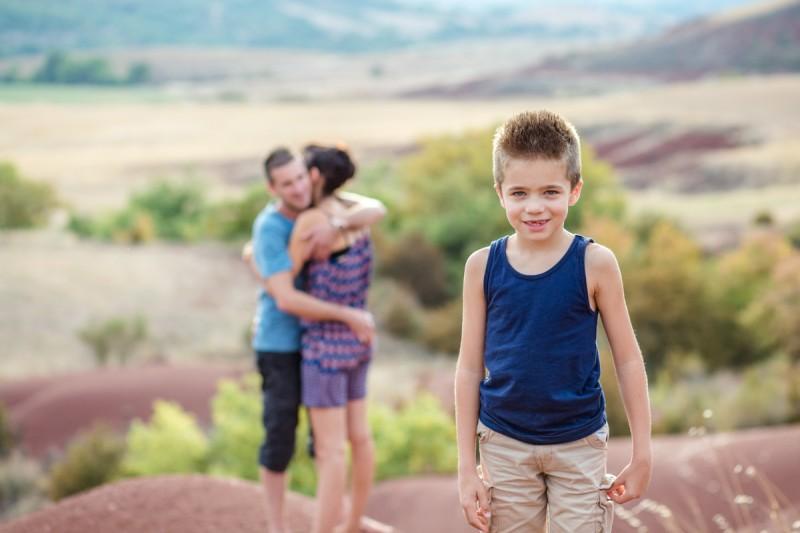 photographe famille aveyron désert rouge julie riviere photographie