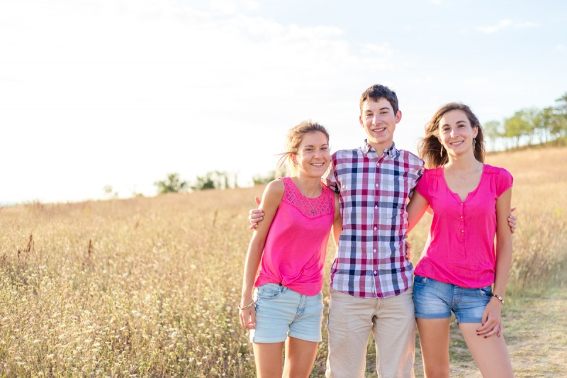 Séance photo famille à Toulouse Julie Rivière photographie Pech-David Maité Gaël Amélie et leurs parents