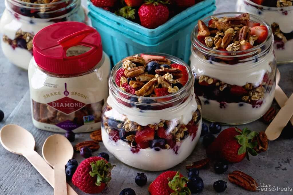 Healthy Snacks Quick and Easy Yogurt Parfait with Granola and Fresh Fruit