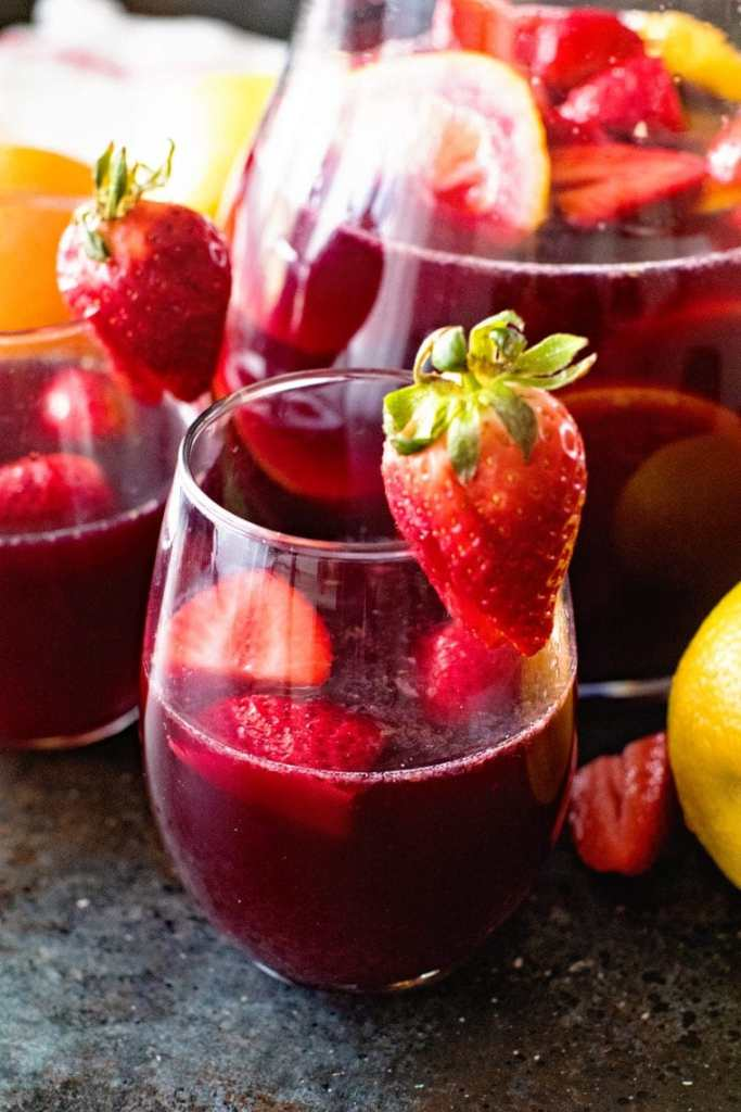 easy red sangria in glass