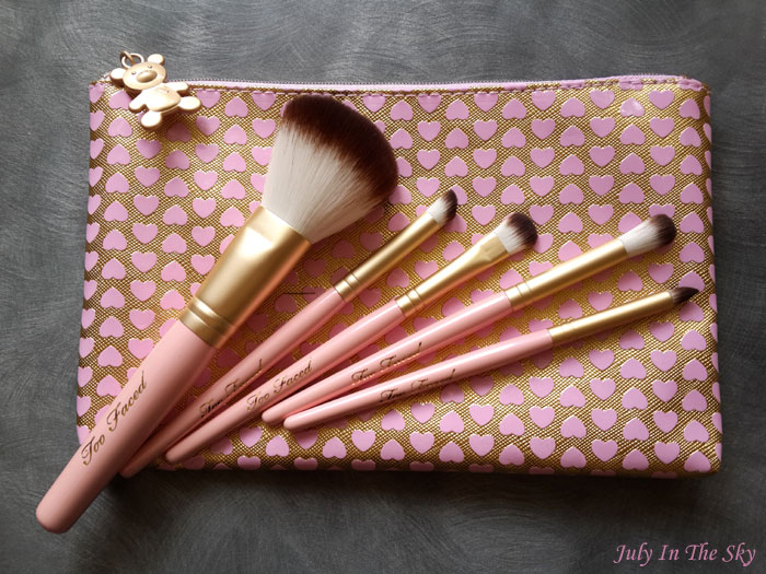 blog beauté haul sephora pinceaux absolute essentials too faced avis