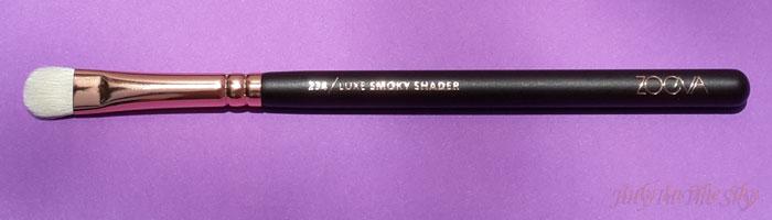 blog beauté avis pinceaux rose golden complete eye set zoeva the beautyst avis test 234 luxe smoky shader