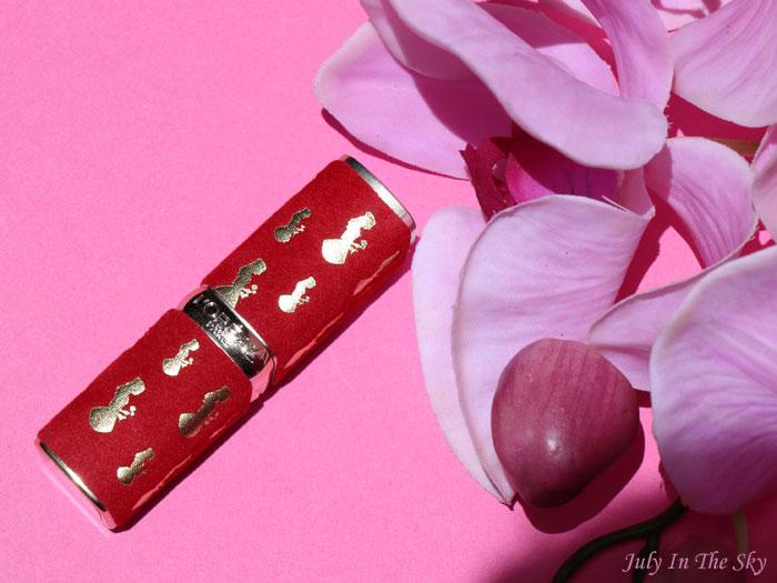 blog beauté L'Oréal Color Riche la belle et la bête 377 perfect red swatch avis test lipstick