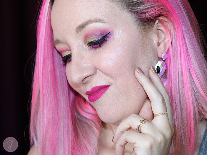 blog beauté tutoriel maquillage assortis cheveux rose