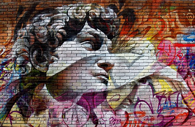 image 9 - Grafitis callejeros con personajes mitológicos