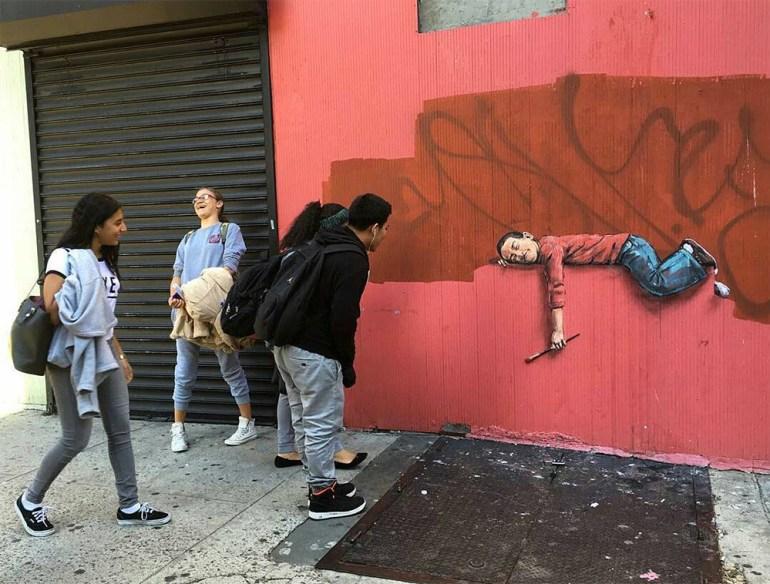 intervenciones-via-publica-grafiti-ninos-durmiendo