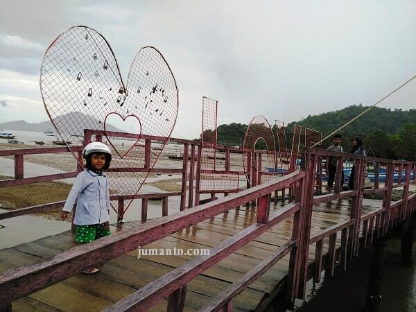 Wisata Marines Eco Park Lampung