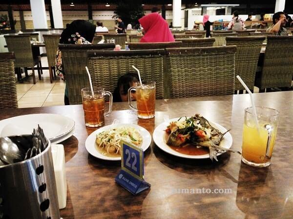 menu makanan jumbo seafood lampung