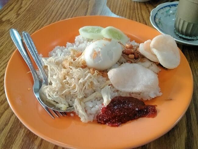 kuliner khas jambi nasi gemuk warung kopi tawakal