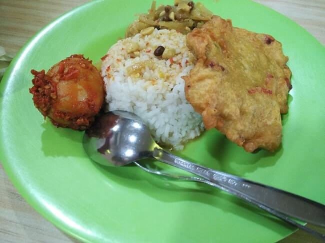 foto menu rumah makan di terminal 1 bandara soekarno hatta