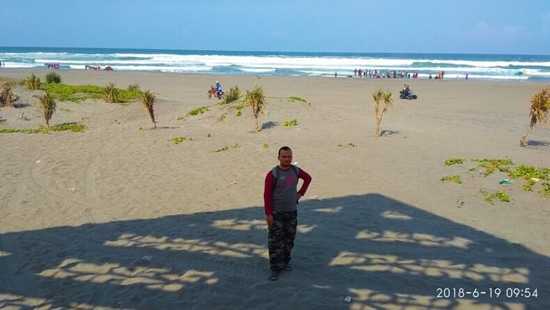 obyek wisata terkenal di jogja pantai parangkusumo