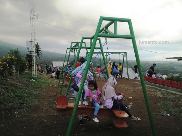 tempat bermain anak di bukit idaman